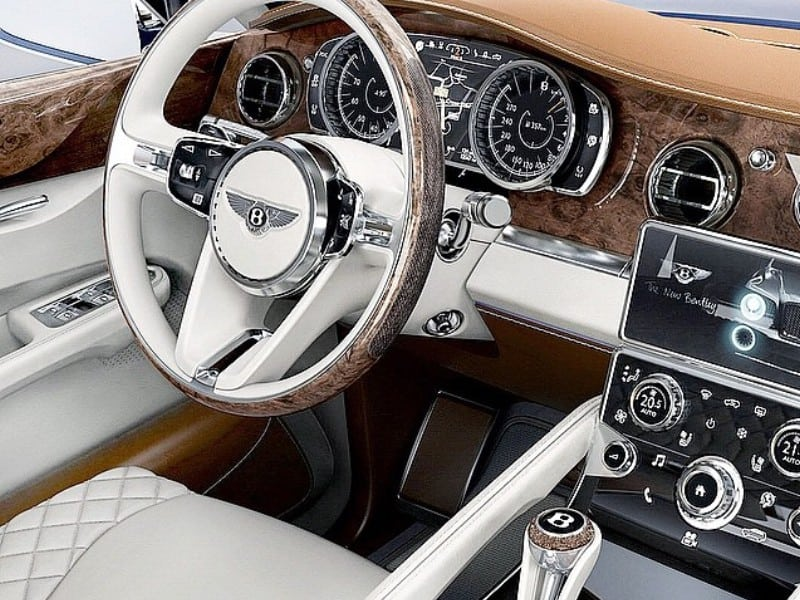 2016 Bentley Bentayga Features
