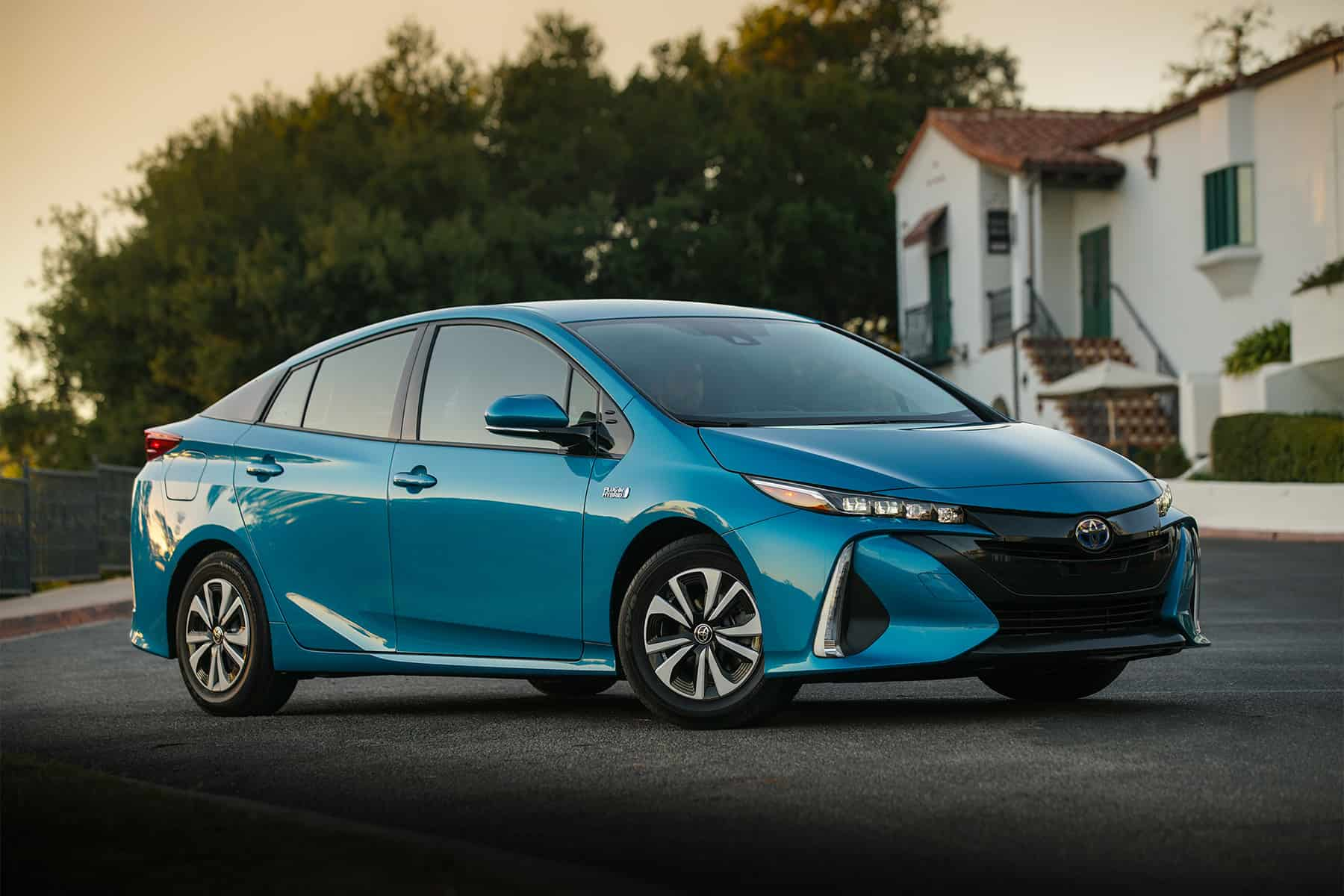 2017 toyota prius prime review global cars brands. Black Bedroom Furniture Sets. Home Design Ideas