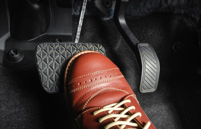Why There's Vibration When Braking a Car - Global Cars Brands