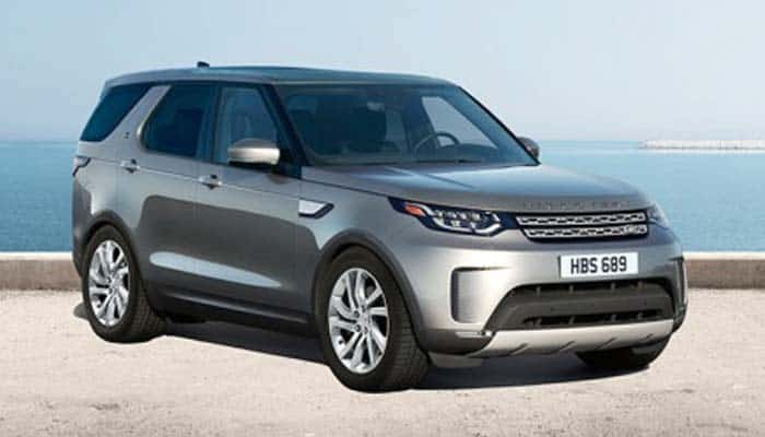 https://s8096.pcdn.co/wp-content/uploads/2017/12/2018-Land-Rover-Discovery-Overview.jpg